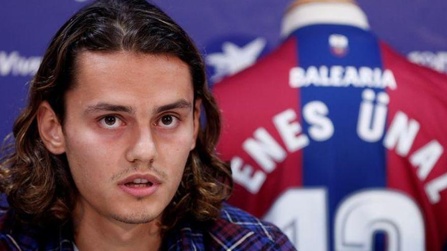 Enes Ünal regresa al Villarreal tras su cesión al Levante