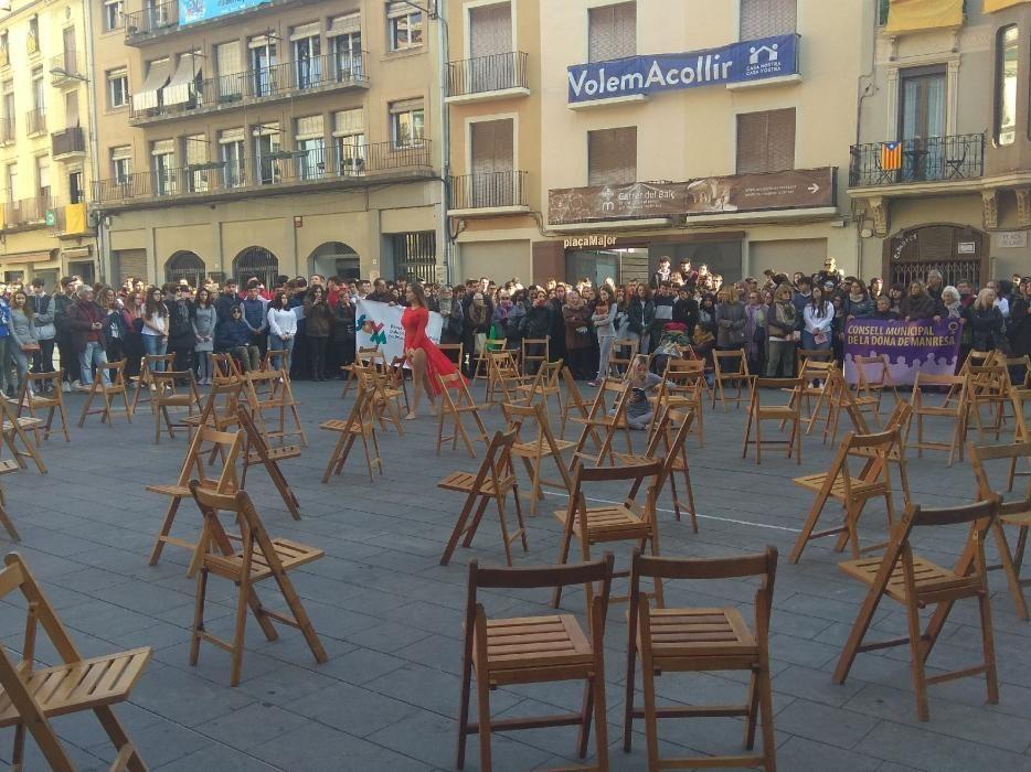 Acte institucional contra la violència masclista a Manresa