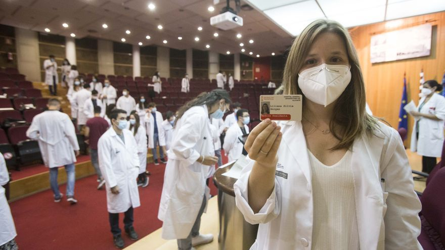 Más de un centenar de médicos residentes se incorporan al Hospital General de Alicante