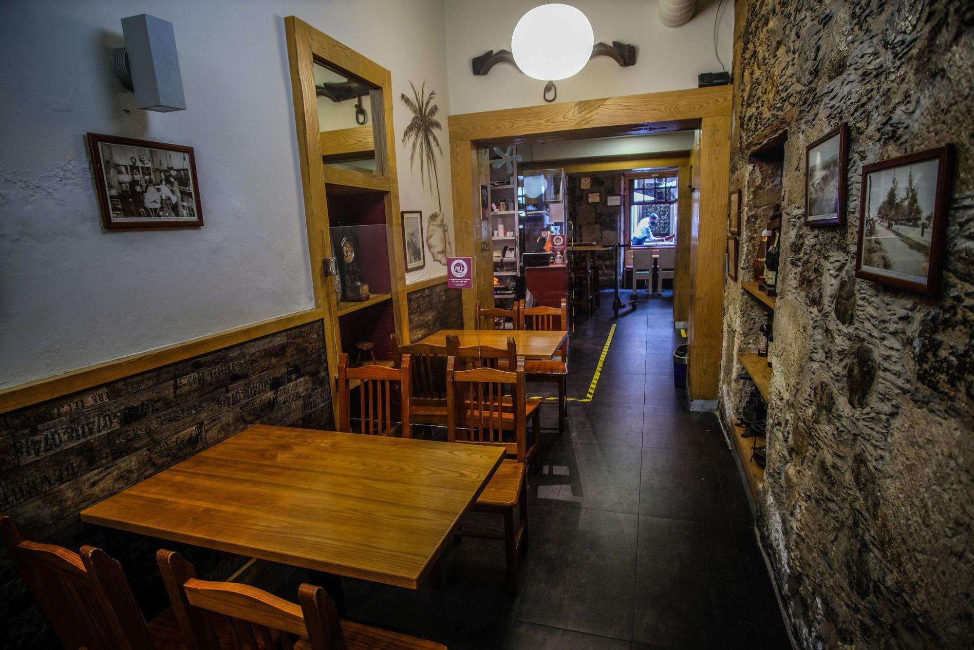 Los restaurantes de Triana, ante el paso a la alerta de nivel 2