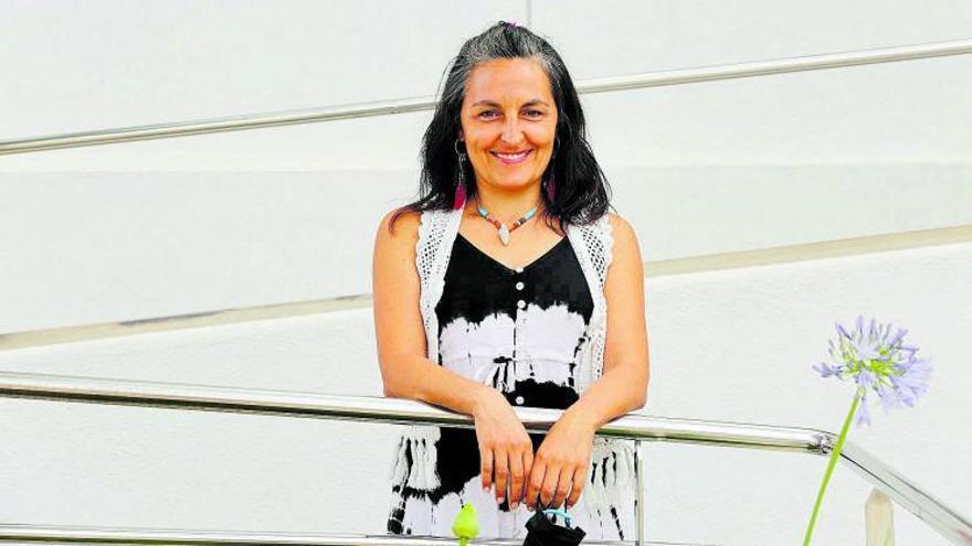 María Vila Rebolo, cal·lígrafa: «La cal·ligrafia relaxa, ajuda a anar més a poc a poc»