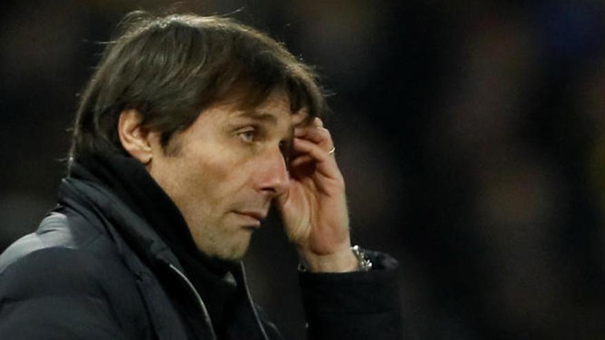 Conte critica el juego de España