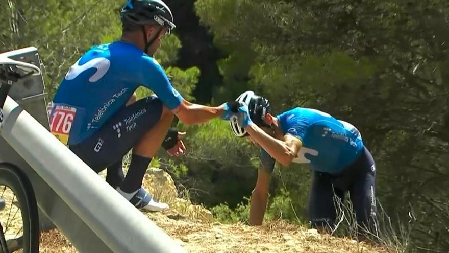 Alejandro Valverde abandona la Vuelta tras caerse por un terraplén