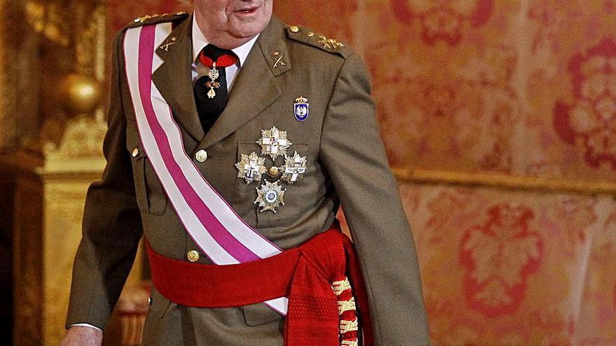Hisenda notifica a Joan Carles I  que li ha obert una investigació