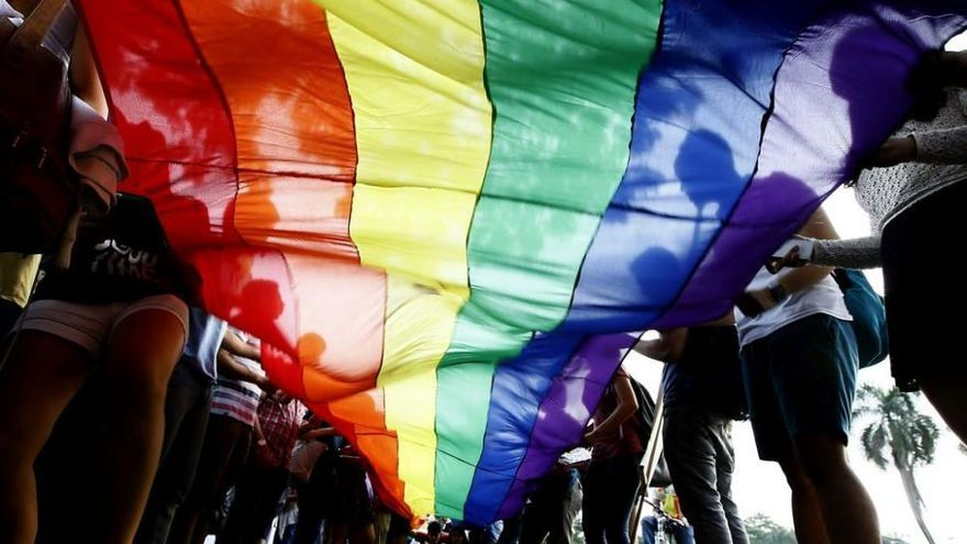 Almenara lanza una publicación para dar voz al colectivo gay