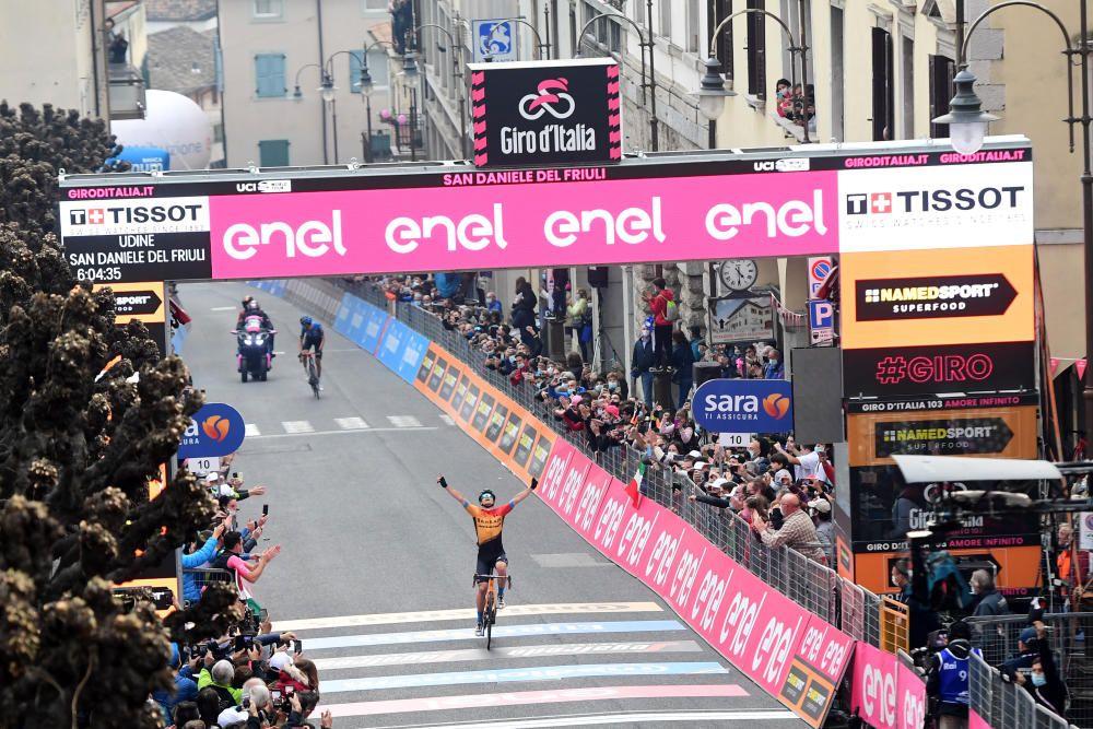 Las imágenes de la 16ª etapa del Giro de Italia.