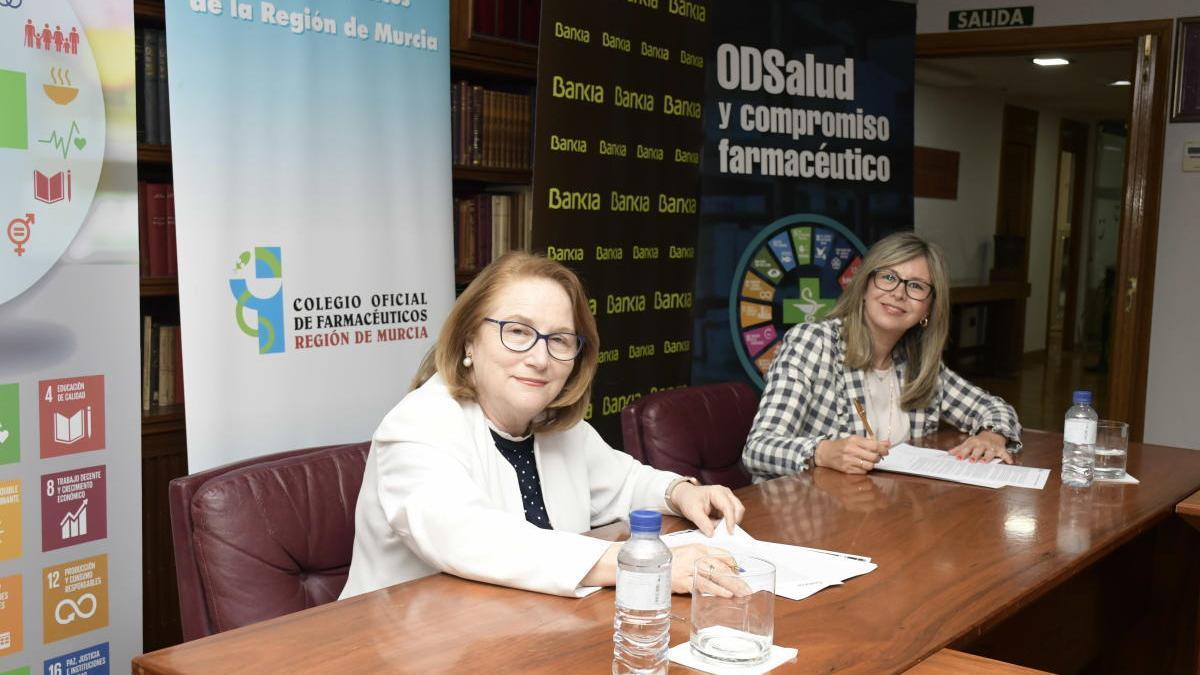 El Colegio de Farmacéuticos y Bankia unen fuerzas en la Región