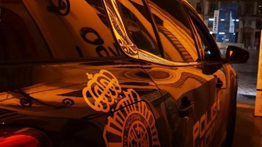 Dos detenidos por el robo en una perfumería en la calle Larios