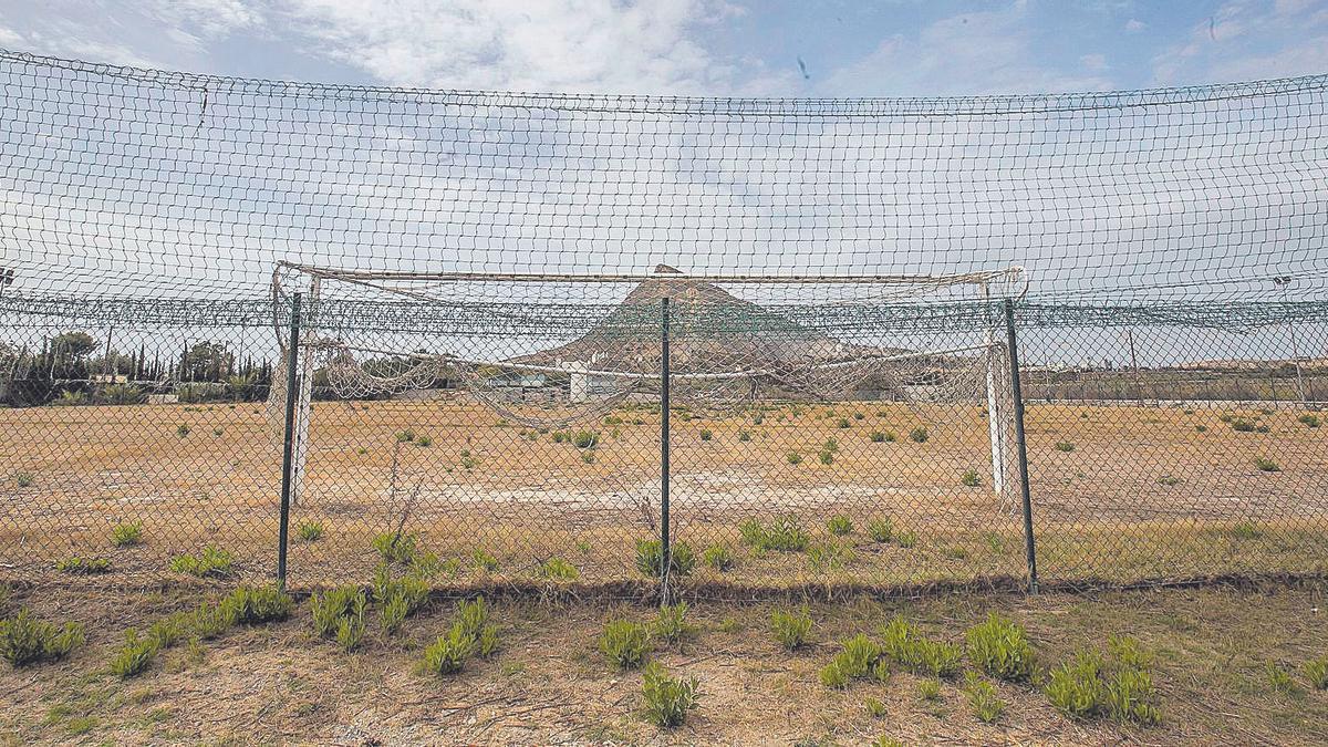 Estado del campo de Fontcalent durante esta semana. héctor fuentes
