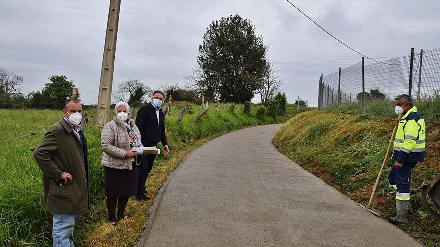 Finaliza la obra del camino de La Belga, en la parroquia de Argüelles (Siero)