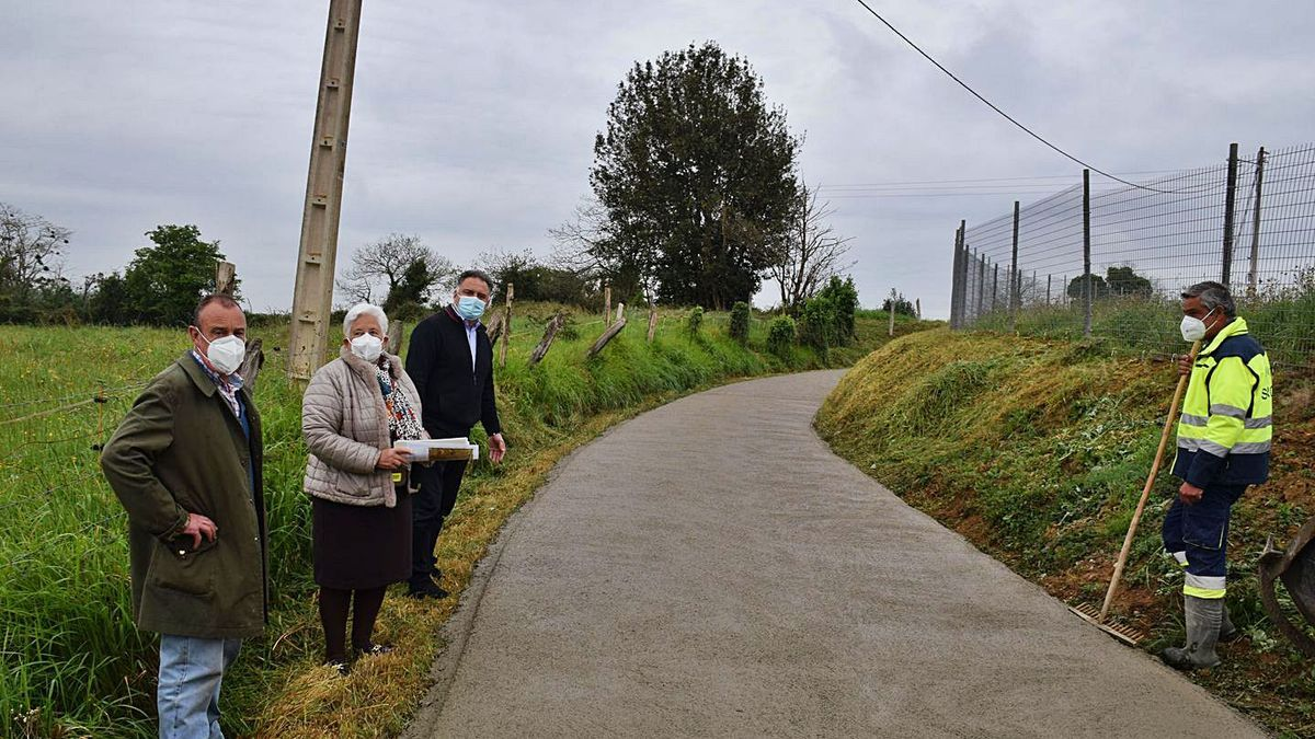 Finaliza la obra del camino de La Belga, en la parroquia de Argüelles (Siero) | R. P. T.
