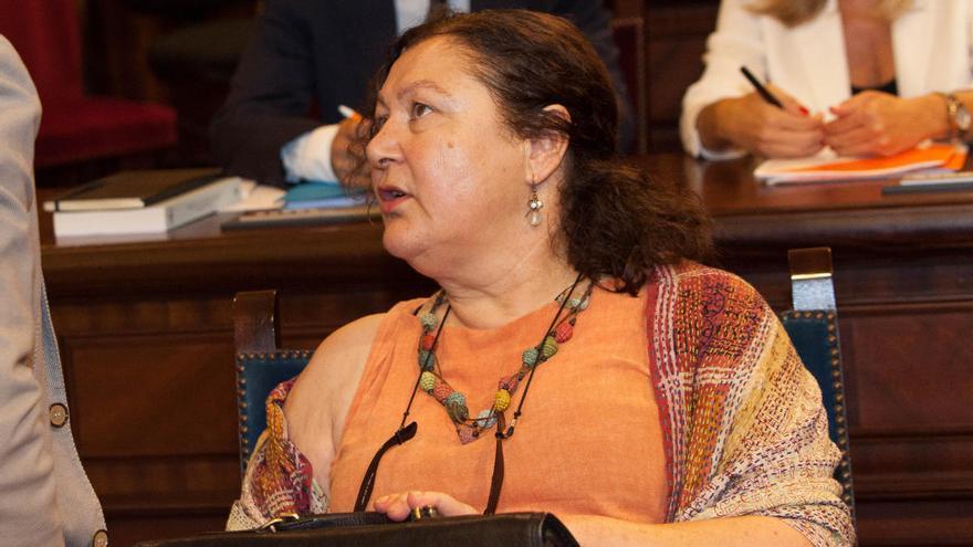 La consellera Mae de la Concha está en aislamiento tras el positivo de los diputados de Ciudadanos