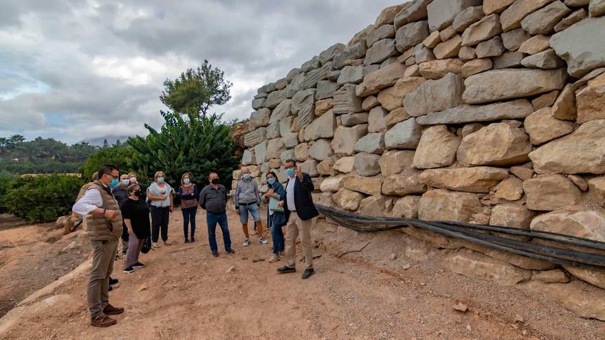 Una nueva escollera para proteger el Camí Les Coves de l'Horta de Benidorm