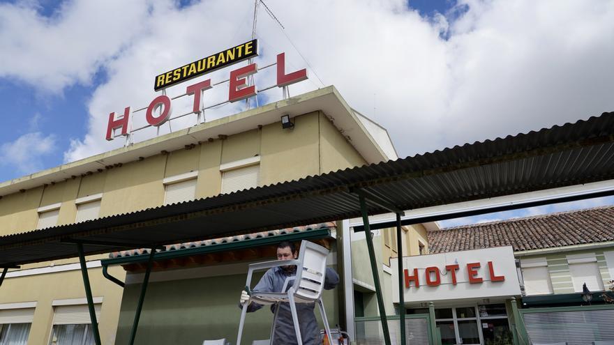 El COVID castiga al sector hotelero de Castilla y León con el cierre en el 2020 del 40,3% de sus establecimientos