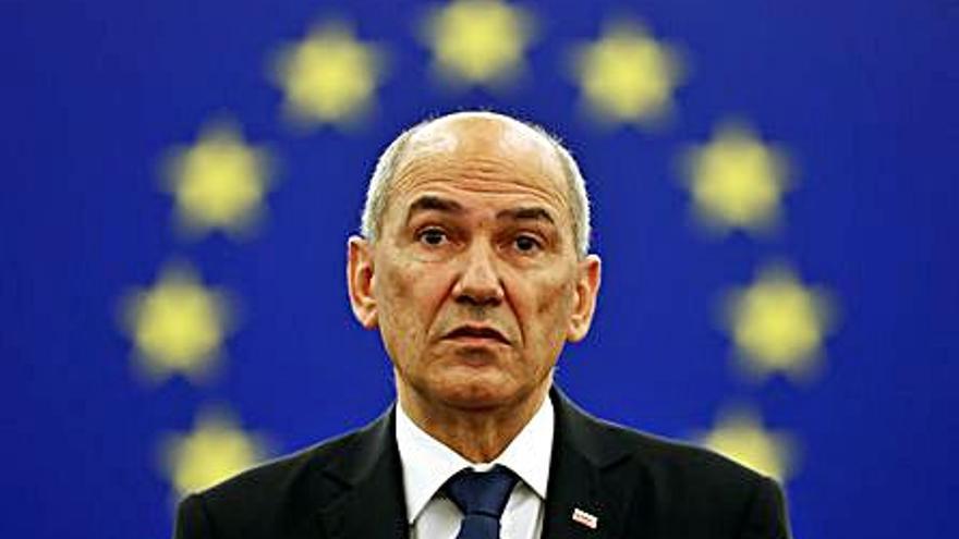 Eslovènia estrena presidència de la UE amb una allau de crítiques pels atacs a jutges i periodistes