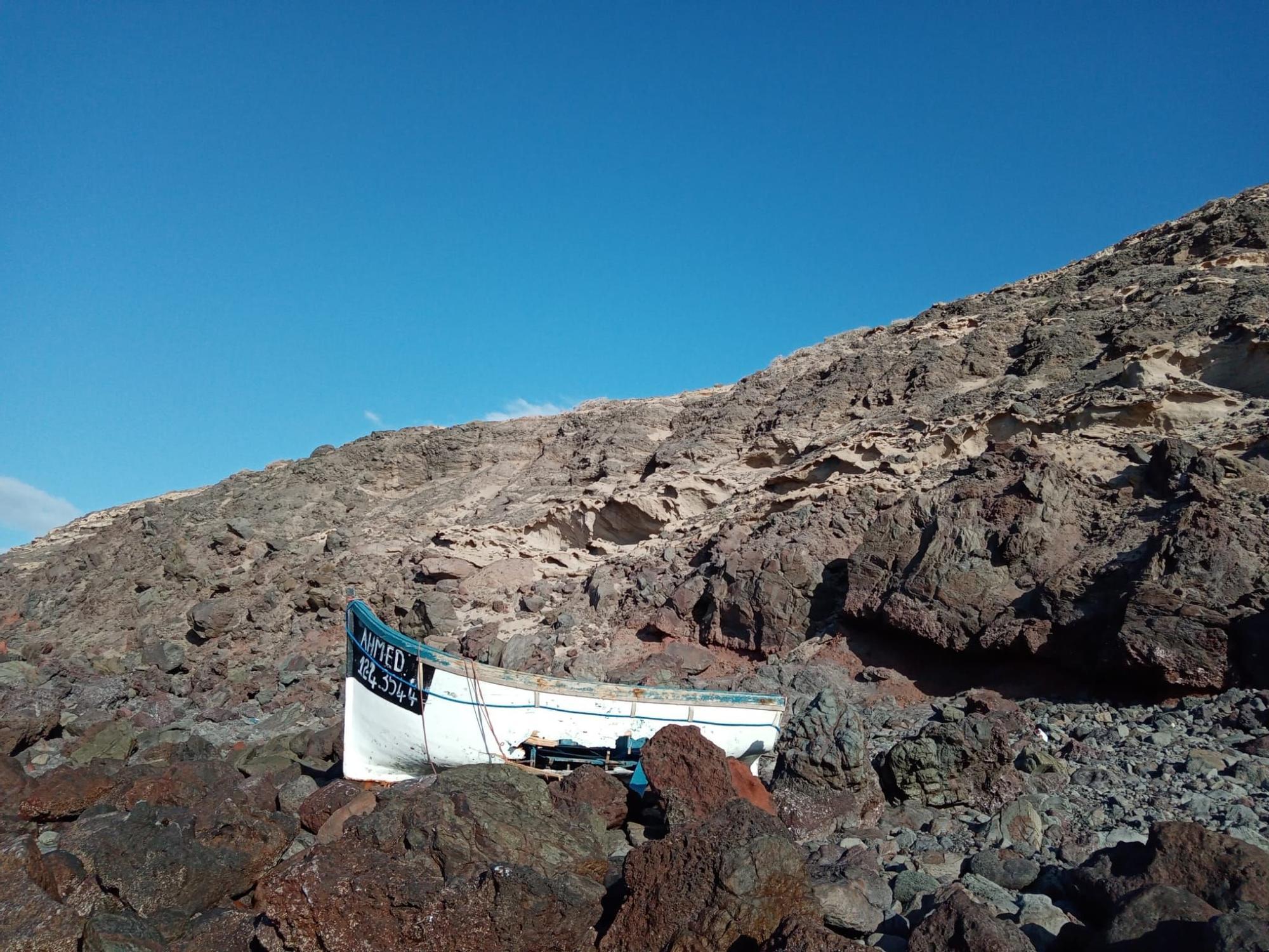 Patera en Punta Las Arenas, entre Agaete y La Aldea