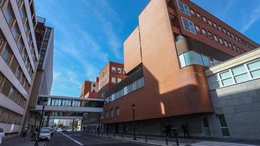 El Hospital Clínico ensaya un nuevo tratamiento contra la covid