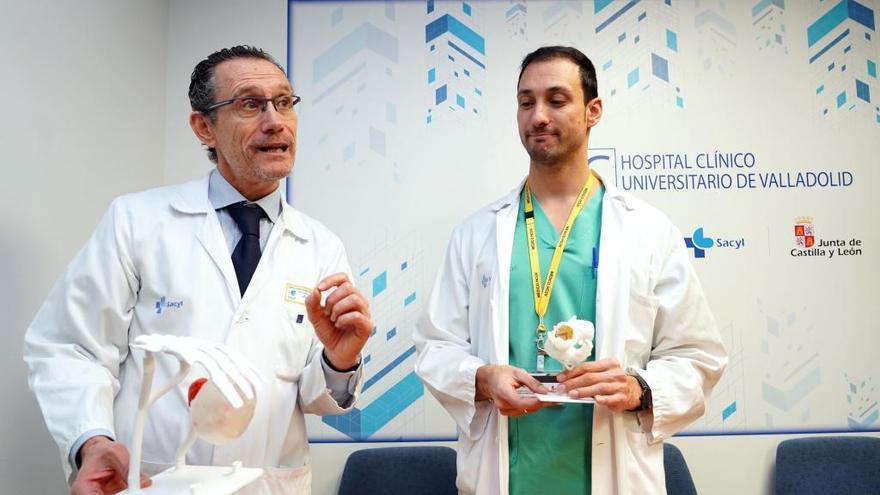 El Clínico de Valladolid: Primer implante en el mundo de dos prótesis cardíacas sin cirugía