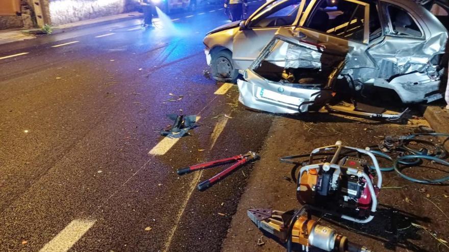 Da positivo en alcohol tras chocar con un chocar su Audi contra un coche aparcado