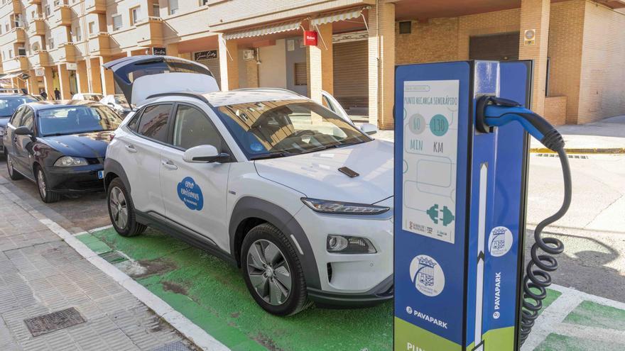 Picassent instala los primeros puntos de recarga públicos para vehículos eléctricos