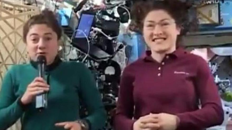 El primer paseo espacial solo de mujeres será el 21 de octubre