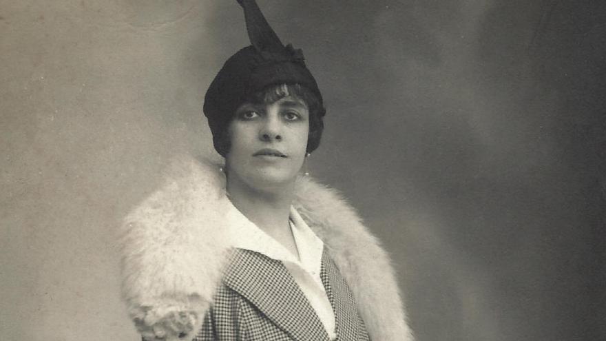 Elena Jordi, primera directora de cinema a l'Estat, reviu en forma de llibre