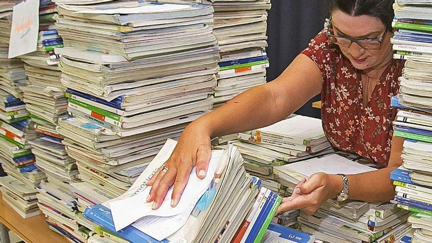 Los colegios reciben este curso un millón menos de euros para reponer libros por la crisis sanitaria