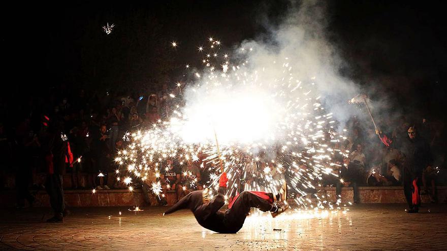 La festa de Sant Llorenç posa en valor la creativitat dels artistes i artesans locals
