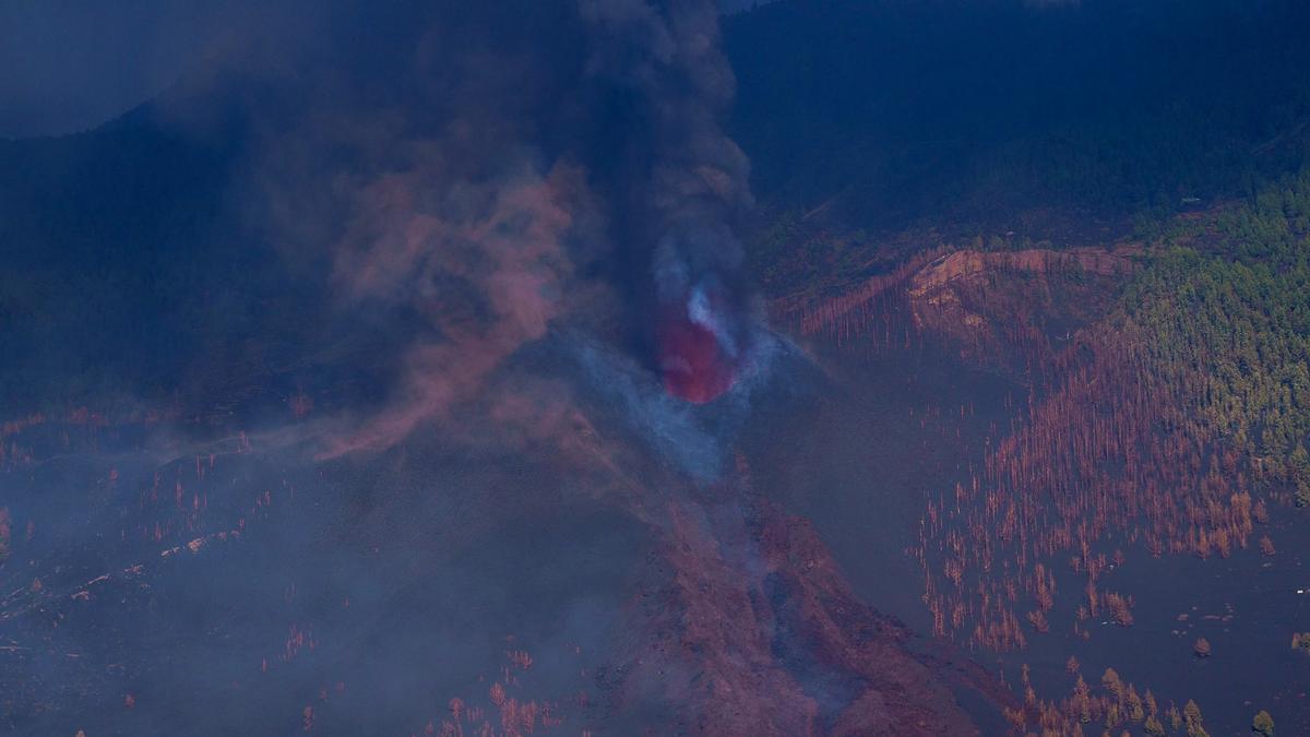 La lava del volcán Cumbre Vieja, a vista de dron.