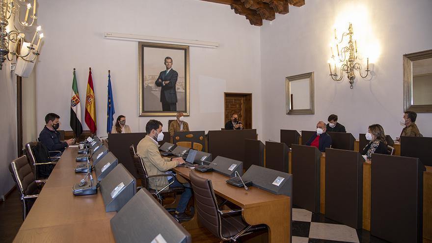 Diputación retoma su plan para frenar la exclusión financiera de los municipios