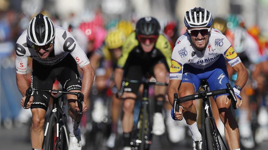 El  francès Julian Alaphilippe s'apunta la segona etapa i el lideratge del Tour