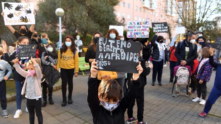Padres del Ramón de la Sagra piden al Concello que medie para conseguir más medios