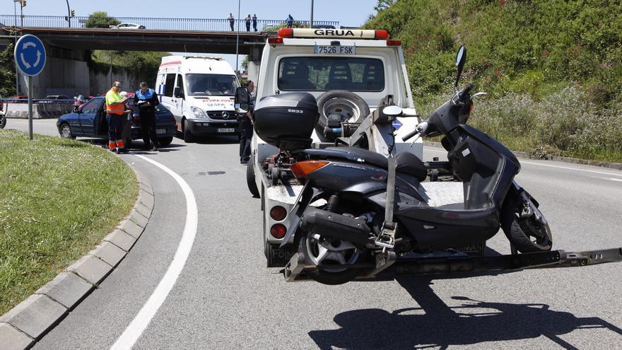 Un policía fuera de servicio evita que una mujer se precipite al vacío