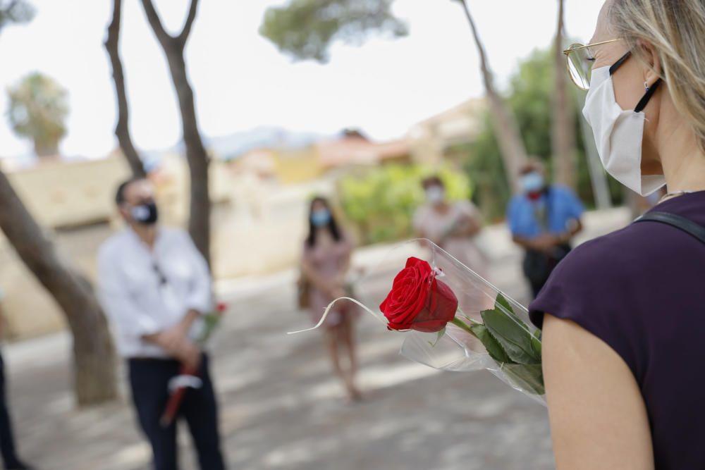 L'Alfàs rinde homenaje a las víctimas de Oslo y Utoya