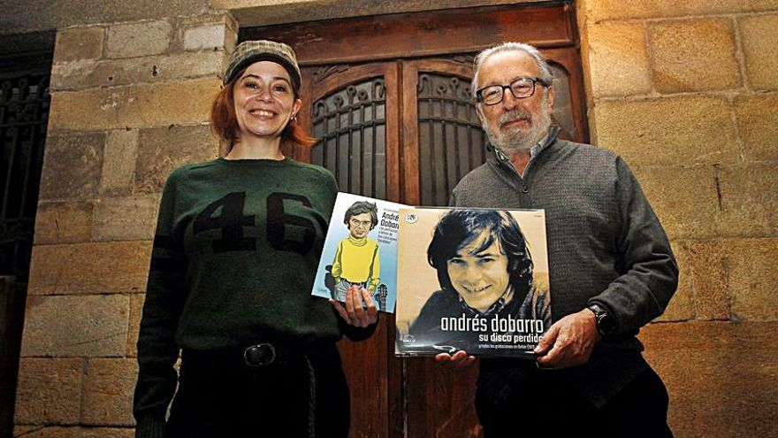Andrés Dobarro, el disco inédito del 'icono pop' gallego sale a la luz
