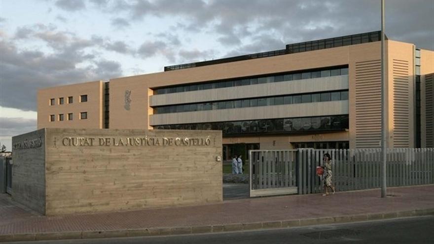 Condenado un hombre a 3 años de prisión por agredir con un cuchillo a su pareja en Nules