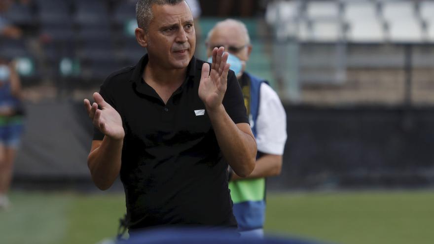 Directo | Tres cambios en el once del Castellón ante el Atlético Sanluqueño