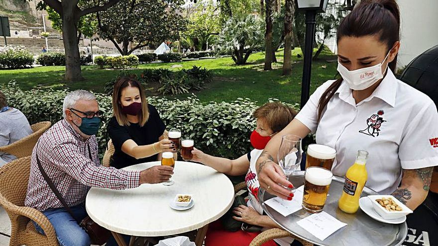 La hostelería de Málaga insiste en la necesidad de ampliar los horarios