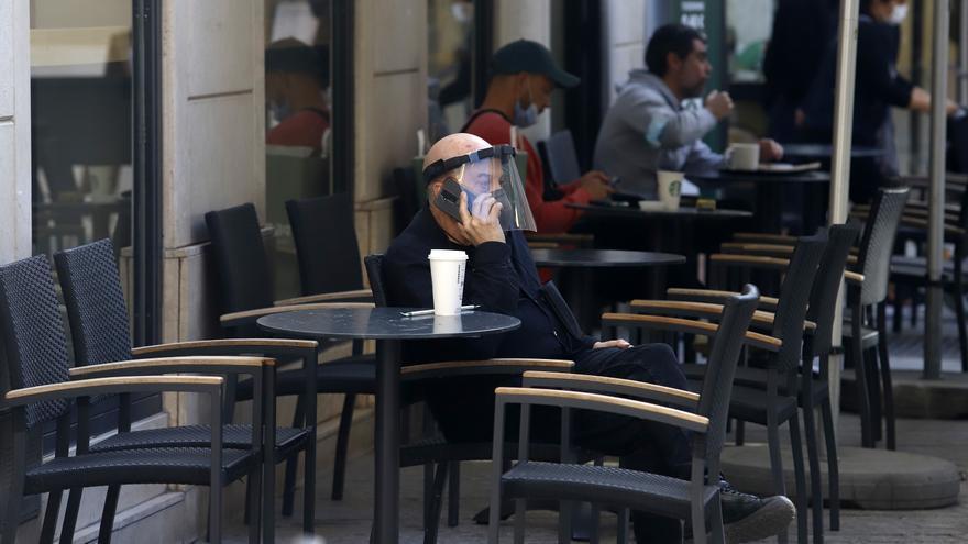 Los hosteleros andaluces rechazan las nuevas restricciones del Gobierno, ya en vigor
