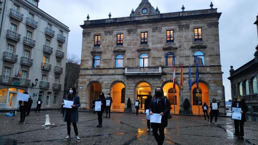 """Manifiesto en Gijón por las mujeres ante """"el agravamiento de todas las brechas"""""""