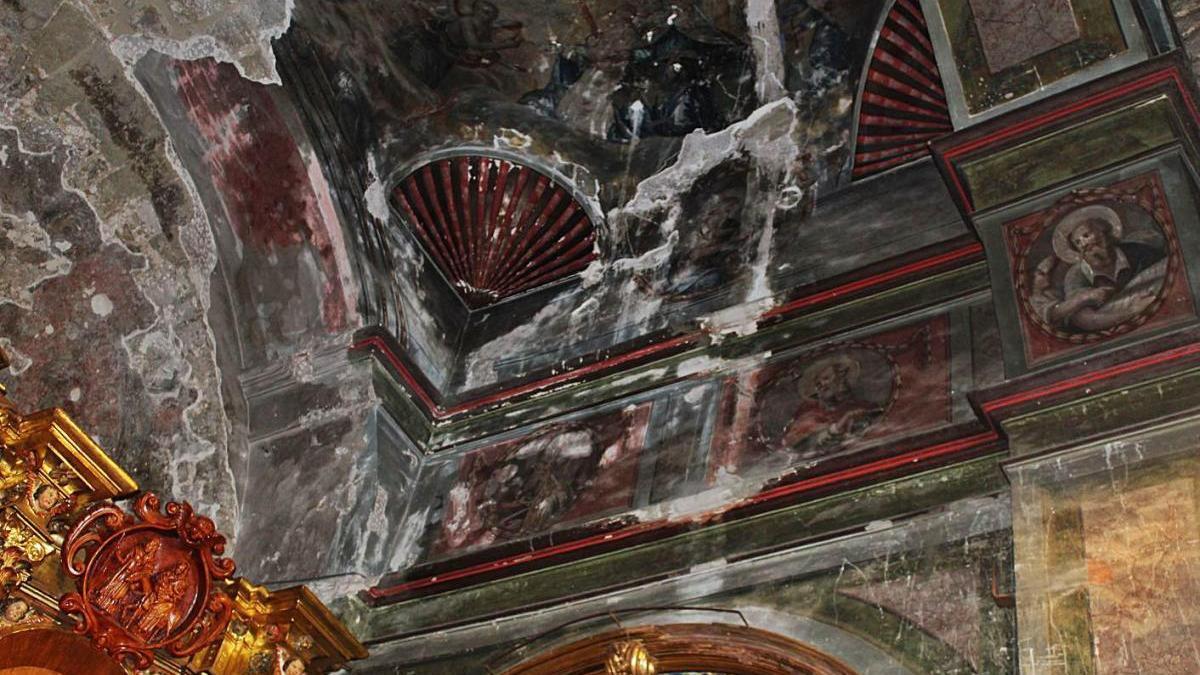 Una part dels paraments que es volen restaurar amb les pintures afectades