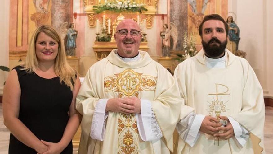 Antonio José Martínez y David Álvarez se estrenan como párroco y vicario
