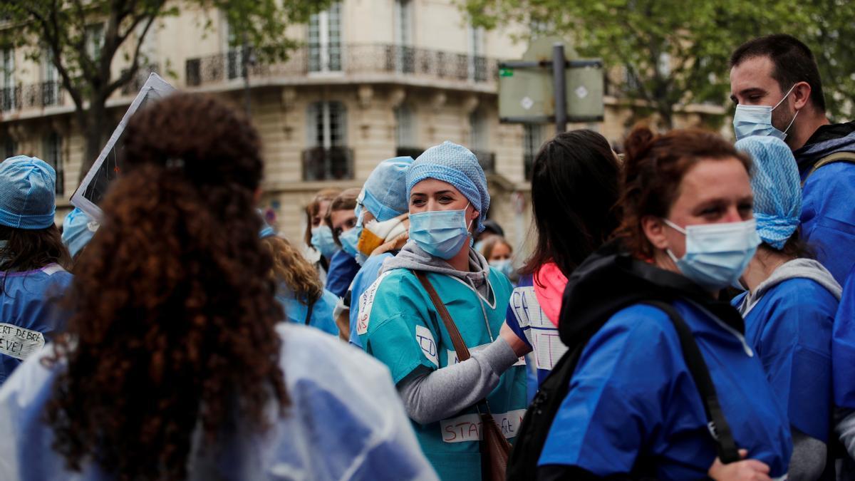 Manifestación de sanitarios intensivistas en París
