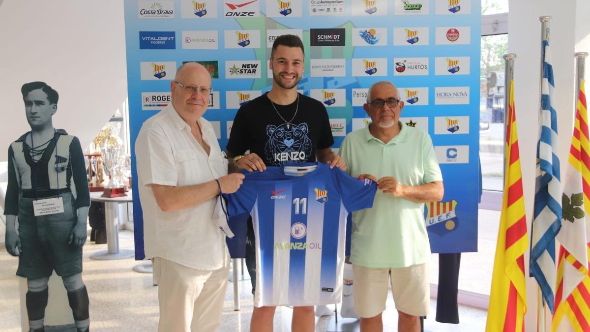 Joel Arimany, davanter procedent del Deportivo Aragón i amb àmplia experiència a Segona Divisió B