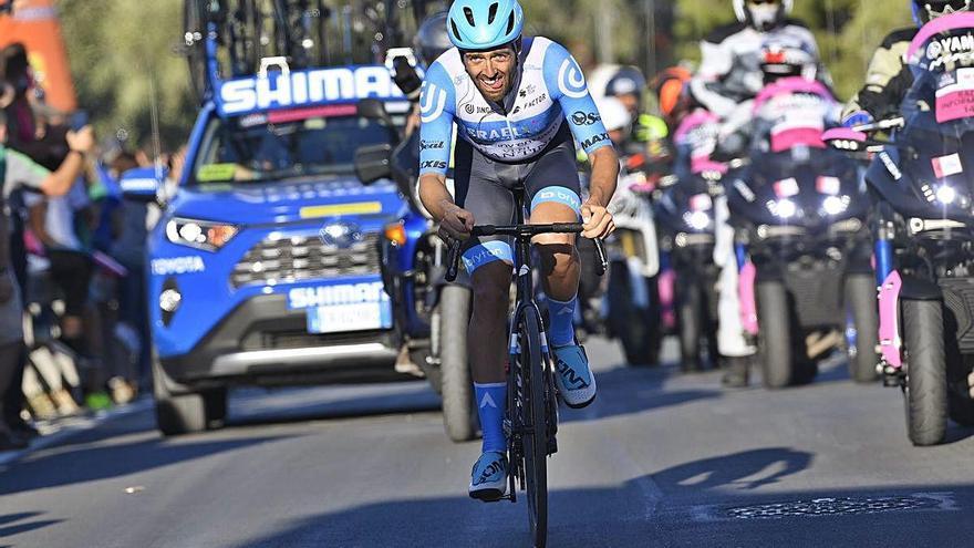 Giro d'Itàlia Victòria de Dowsett i positiu de Yates
