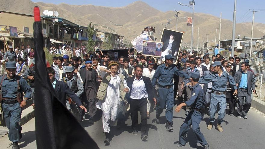 Los talibanes continúan su avance tras capturar nueve capitales afganas