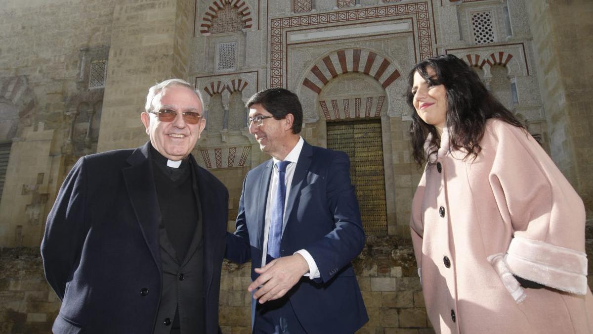 Juan Marín cursa una visita institucional al Cabildo Catedralicio de Córdoba