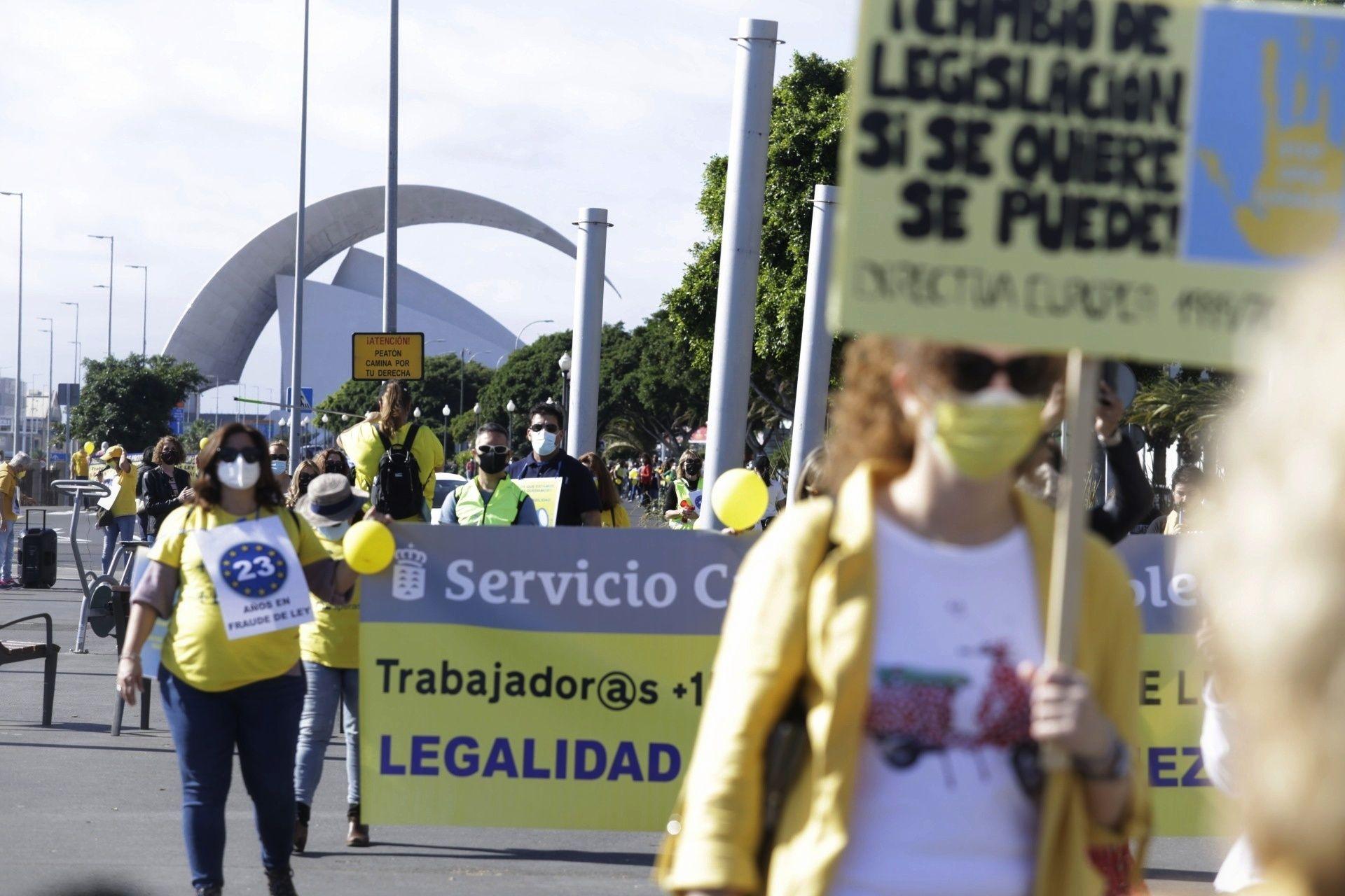 Manifestación de empleados públicos en Santa Cruz