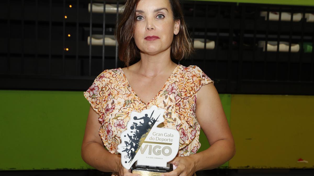 Mariví García, del Famu, recoge el premio de Nikoloz Sherazadishvili como mejor judoka. 22 Gran Gala do Deporte de Vigo y Comarca. 16 junio 2021. Ricardo Grobas