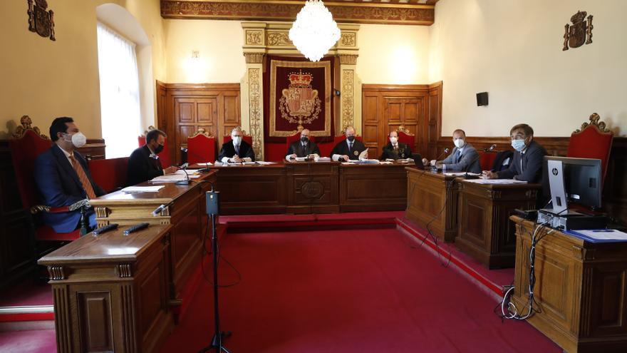 Crimen de La Felguera: las escuchas telefónicas a los acusados y la geolocalización de sus móviles serán pruebas en el juicio